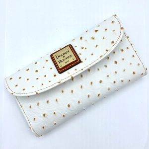 Dooney & Bourke Bags - Dooney & Bourke Wallet